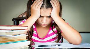 Les devoirs scolaires, utiles ou contre-productifs ?
