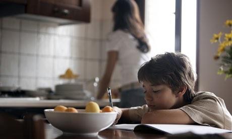 Les devoirs à la maison contre-productifs?