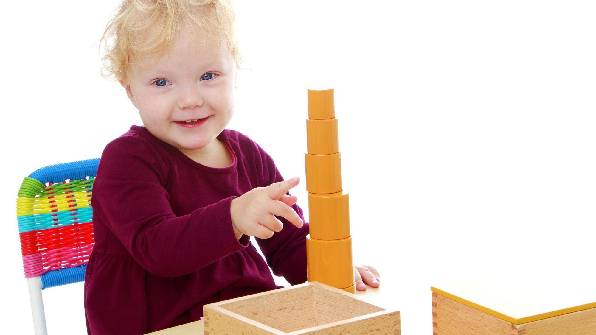 La pédagogie Montessori à la maison, c'est possible.