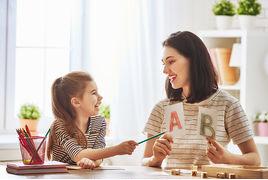 La dictée, un moyen efficace pour apprendre l'orthographe